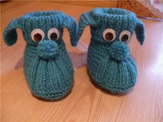 Baby Booties Knitting Pattern, Crochet Baby Boots, Knit Baby Dress, Knitted Baby Cardigan, Knit Baby Sweaters, Knit Baby Booties, Booties Crochet, Baby Knitting Patterns, Baby Patterns