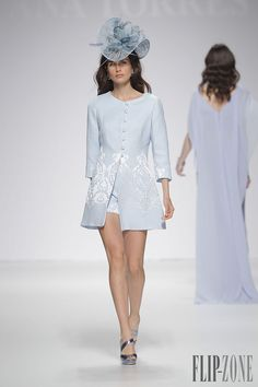 Ana Torres Collection 2015 - Mariage - http://www.flip-zone.fr/fashion/bridal/the-bride/ana-torres-4732