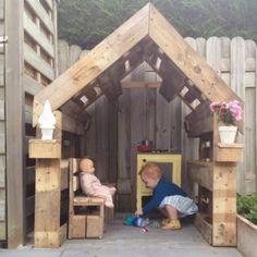 Leuke Wereld: DIY: van pallet tot speelhuisje voor Kobe en Frauk...