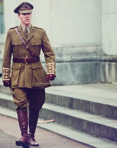 """thescienceofobsession: """"sherlock-took-my-tardis: """" thestrawberryblondehobbitbatch: """" What is it with me and men in uniforms, especially when it comes to Mr Benedict Cumberbatch """" Oh my lord. Sherlock Bbc, Benedict Cumberbatch Sherlock, Martin Freeman, Parade's End, Louise Brealey, Gentleman, Men In Uniform, Costume Shop, Military Fashion"""