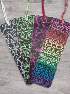 Creative Bookmarks, Handmade Bookmarks, Handmade Gifts, Mandala Book, Mandala Art Lesson, Diy Home Crafts, Arts And Crafts, Doodles, Scrapbook Journal