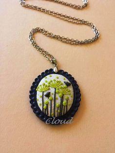 Cammeo blu in pasta sintetica. Uccellini tra i fiori. www.facebook.com/cloudjewelry