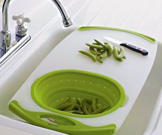 Straining and rinsing fruits and veggies has never been easier thanks to this over the sink cutting board. This dishwasher safe cutting board comes with non-slip edges and features a built-in collapsible silicone strainer with a 2.5 quart capacity.