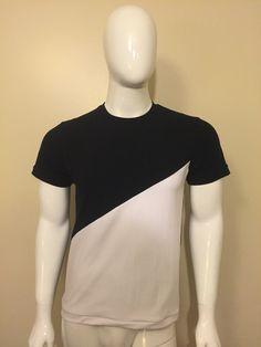 T-shirt Bl.&Wh. Menswear, T Shirt, Tee, Men Clothes, Men Outfits, Men Wear, Men's Clothing, Tee Shirt, Men's Apparel