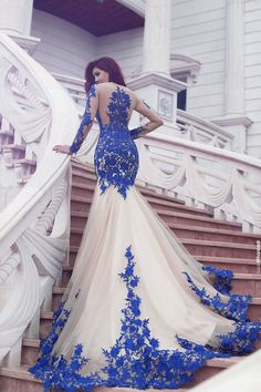 Prom Dress Fitted, Long Sleeve Royal Blue Lace Evening Dresses Mermaid Tulle Prom Gowns 2018 There are delicate lace prom dresses with sleeves, dazzling sequin ball gowns, and opulently beaded mermaid dresses. Evening Dress Long, Mermaid Evening Dresses, Tulle Prom Dress, Homecoming Dresses, Prom Gowns, Gowns 2017, Evening Gowns, Dress Lace, Evening Party