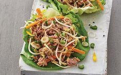 Receta de taquitos de lechuga con atún para una comida ligera y saludables, además es una receta económica muy deliciosa www.cocinavital.mx