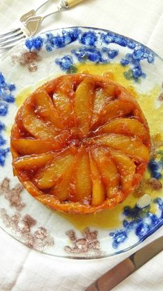 Pear and ginger tart tatin to serve two people - recipe