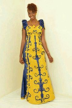 Senegalese woman en Bazin