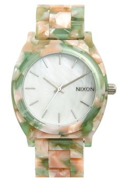 The perfect balance of femininity and function | Nixon Watch