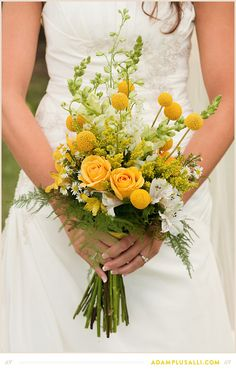 Bright Bouquet. Yellow. Green.