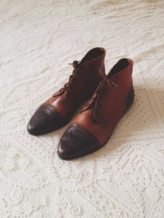 ea40f8bec473a vintage multi-toned leather oxford boots - size - looking for shoes online