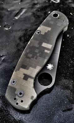 Spyderco ParaMilitary2 G-10 Plain Edge EDC Knife - Everyday Carry Gear