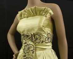 1950s clothing at Vintage Textile: #2205 Eleanor Garnett evening gown