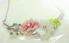 "crafterNOVICE: Real flower ""jewelery"""