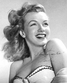 Young Marilyn MONROE dans l'oeil