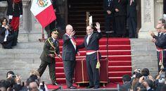 Los 19 ministros del primer Gabinete Ministerial de Pedro Pablo Kuczynski juraron hoy a sus cargos en una ceremonia llevada a cabo en el Patio de Honor de Palacio de Gobierno.    El acto comenzó con la juramentación de Fernando Zavala como Preside...