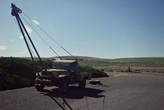 Gin Pole | Flickr - Photo Sharing! Truck Mounted Crane, Welded Metal Projects, Mechanical Advantage, Truck Mods, Dodge Power Wagon, Timber Frames, Apocalypse Survival, Workshop Ideas, Welding