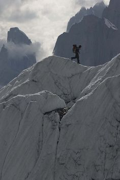 On the ridges of #Gasherbrum II, Karakorum Mountains, Pakistan (by ergobachmann).