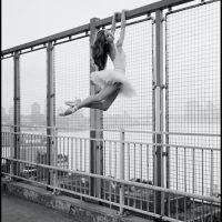 Ballerinas take over the Big Apple by Dane Shitagi | Chicquero