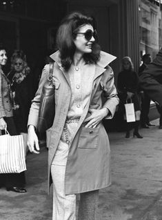 October 15, 1970, New York Jackie Onassis departs Bonwit Teller Department ...