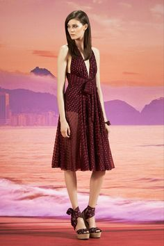 Relaxed Elegance at Gucci - My 9 Faves From Resort 2014 http://toyastales.blogspot.com/2013/05/relaxed-elegance-at-gucci-my-9-faves.html