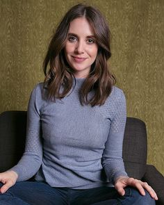 Alison Brie, Prettiest Actresses, Beautiful Actresses, Celebrity Beauty, Celebrity Style, Celebrity Photos, Kate Beck, Jessica Chastain, Lily Collins