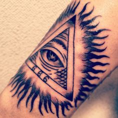 Eye of Providence tat Tribal Tattoos, Cool Tattoos, All Seeing Eye, I Tattoo, Tattoo Artists, Tatting, Ink, Free Time, Eyes