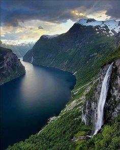 Geirangerfjord, Noruega  Curta Mistérios do Mundo
