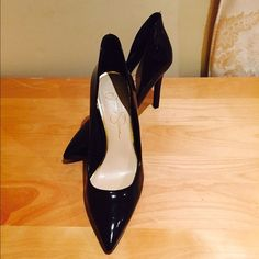 """Sexy Jessica Simpson heels! Black super sexy pointy shoes! 4.25"""" high heel!  Very very comfortable heel! You can dance all night long with these on! Has tiny damage in the inside part of the right shoe. Jessica Simpson Shoes Heels"""