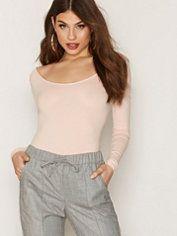 Tops - Women - Online - Nelly.com