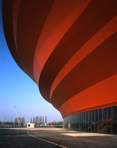 Zenith music hall by architects Massimiliano and Doriana Fuksas has opened in Strasbourg, France. Futuristic Architecture, Facade Architecture, Minimal Architecture, Classical Architecture, Amazing Architecture, Monuments, Culture Of France, Famous Architects, Building Structure