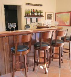 Blair Estate and Shale Canyon tasting room. #CarmelCountryInn offers wine walk packages during your stay.