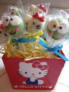 more hello kitty lollicakes/cake pops, this time with her friend keroppi!  adorable!