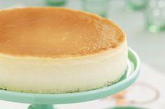 New York Cheesecake Recipe Juniors.Junior's Famous New York Style Cheesecake W A Salted . Junior's Famous New York Style Cheesecake W A Salted . How To Make Perfect New York Cheesecake Handle The Heat. Authentic New York Cheesecake Recipe, Cheesecake Original, New York Style Cheesecake, Cheesecake Recipes, Dessert Recipes, No Crust Cheesecake, Worlds Best Cheesecake Recipe, Gourmet, Bonbon