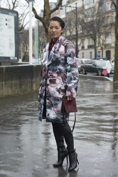 Stylist Tina Leung showed off her fashion prowess with a graphic-print coat.