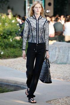 Sfilata Louis Vuitton Palm Springs - Pre-collezioni Primavera Estate 2016 - Vogue