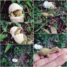 Oh oh! Oggi si è schiuso un ovetto...   #pasquetta #uovo #ovetto #dinosauro #dinosaur #schiusa #pasqua #easter #easteregg #nature #amigurumi #mini #miniature #apatosaurus #crochet #fattoamano #madeinitaly #madewithlove #handmade #uncinetto #artigianato #artigianale #art #artisancraft #craft #pavia #igerspavia #vigevano #crafty #spring by bluebird_amigurumi_crafts