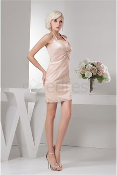 Robe de cocktail licou Colonne/Gaine en Dentelle mini/court http://fr.SzWedress.com/Robe-de-cocktail-licou-Colonne-Gaine-en-Dentelle-mini-court-p22038.html