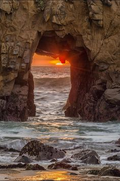 Sun Portal | Big Sur, California