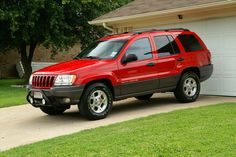 Red Jeep Cherokee Red Jeep, Jeep Cars, Jeep Cherokee, Jeeps, Red Velvet, Favorite Things, Sweet, Candy, Jeep