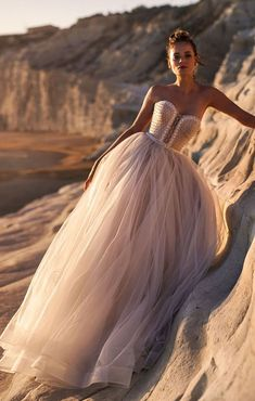 The Most Incredibly Beautiful Wedding Dresses – Fab Wedding Dress, Wedding dre… Hochzeitskleid 2019 Hochzeitskleid 2019 The Most Incredibly Beautiful Wedding Dresses – Fab Wedding Dress, Wedding dresses ,Bridesmaid dresses,wedding gown Hochzeitskleid 2019 Flapper Wedding Dresses, Layered Wedding Dresses, Cream Wedding Dresses, Lace Wedding Dress, Wedding Dresses For Girls, Stunning Wedding Dresses, Sweetheart Wedding Dress, Bridal Dresses, Wedding Gowns