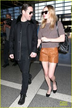kate bosworth michael polish hold hands for france getaway 18 Kate Bosworth walks hand in hand with her husband Michael Polish while jetting out of LAX Airport on Friday (January 17) in Los Angeles.    The 31-year-old actress…