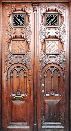 Catalonian Modernisme, Balmes 013 d, Barcelona - Spain by Arnim Schultz on Flirck Knobs And Knockers, Door Knobs, Door Handles, Cool Doors, Unique Doors, Entrance Doors, Doorway, When One Door Closes, Door Gate