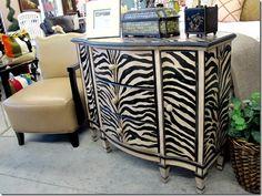 zebra stripe console