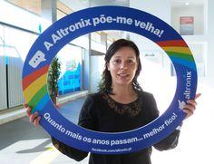 Hoje é dia de festa na #Altronix! Parabéns para a nossa colega Liliana! Venha o bolo!