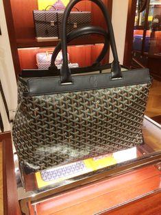 Goyard Bellechasse but doesn't zip at top 😬 Goyard Handbags, Goyard Bag, Tote Bag, Discount Designer Handbags, Classic Handbags, How To Make Handbags, Cloth Bags, Bag Sale, Bag Accessories