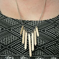 Create a cute necklace with some coffee stirrers! @ By Wilma