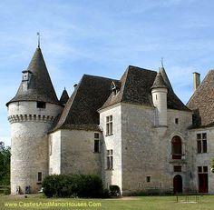 Château de Bridoire, Dordogne, Aquitane, France - www.castlesandmanorhouses.com