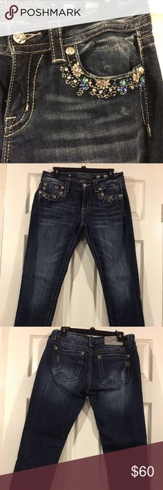Miss Me Signature Crop Skinny Size 30 Miss Me Signature Crop Skinny Size 30, beautiful jeweled detail around pockets. I wore these jeans once and they just didn't fit me correctly. Smoke free home. Miss Me Jeans Skinny