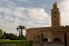 1. See the Koutoubia Mosque and Minaret - The minaret of the Koutoubia Mosque is one of Marrakech's most famous icons. Although it only sits at 77 meters high, you can see it from near and far. It is still an active place of worship and non-Muslims cannot enter, but you can admire it from the outside. (21 Fascinating Things to Do in Marrakech Morocco).